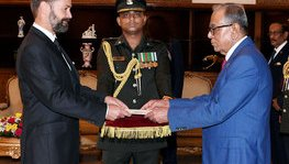 French Ambassador Jean-Marin SCHUH Presents Credentials to President Abdul (...)